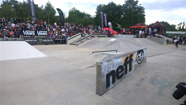 Beroun skate plaza