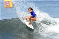 Double Win for Bettylou Sakura Johnson at Papara Pro Open Tahiti 2020