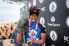 Hawaiian Josh Moniz Wins Volcom Pipe Pro 2018