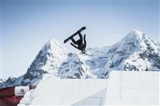 Licence to shred - SKYLINE SNOWPARK Schilthorn guarantees action