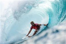Tyler Wright Wins Maui Pro, John John Florence Wins 50th Edition of Billabong Pipe Masters