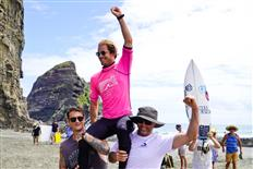 Vette and Stairmand Victorious at 2021 New Zealand National Surfing Championships